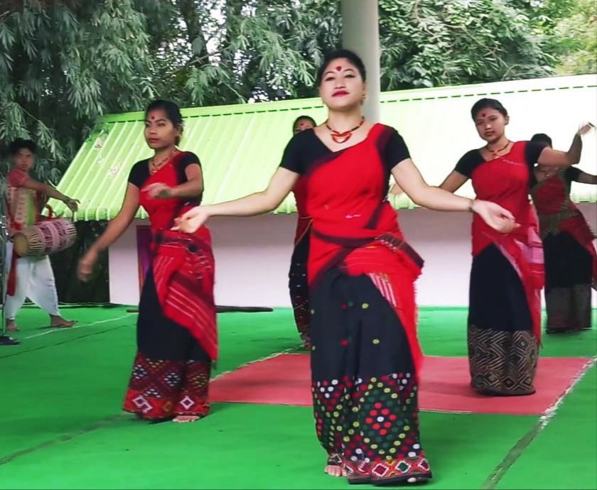 Tribes of Assam- The Colors of Unity!