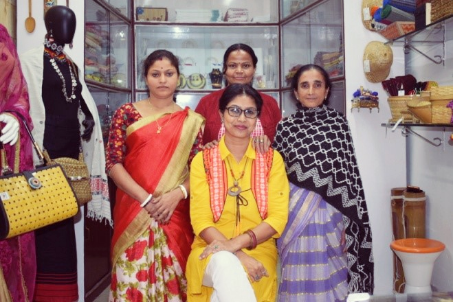 Leaving her corporate life, how this Women Entrepreneur from North East nurtured her idea of selling traditional products with contemporary designs in domestic and international market